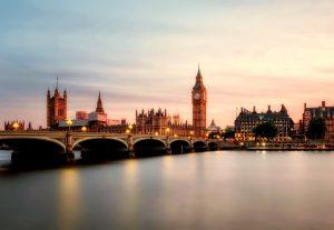 LONDON # Povratna letalska karta iz Ljubljane že za 44 EUR!