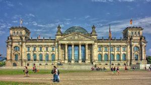 BERLIN # 3 dni (letalo in nastanitev) že za €93/os!