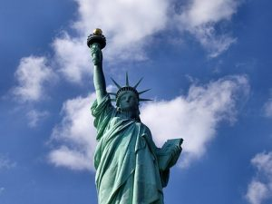 NEW YORK # povratna letalska karta že za €200/os!