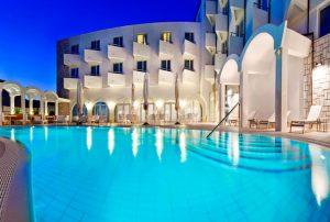 KORČULA # 7 nočitev v hotelu **** s polpenzionom + gratis 2 otroka že za €533/os!
