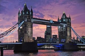 LONDON # 6 dni (povratna letalska karta iz LJ €36 + nastanitev) že za €110/os!