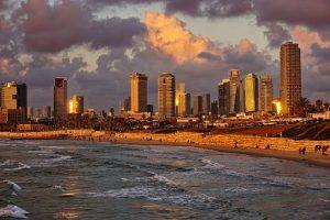 TEL AVIV # 8 dni (povratna letalska karta €74 + nastanitev) že za €225/os!